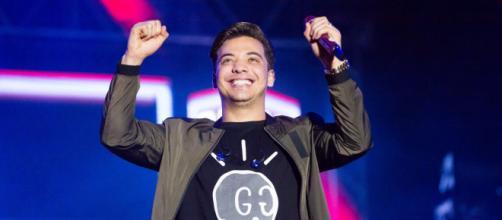 Cantor Wesley Safadão leva multidões em seus shows. (Arquivo Blasting News)