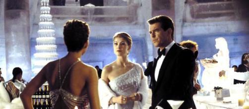 Fique atento ao signo de 5 atores do filme 'Um Novo Dia para Morrer'. (Arquivo Blasting News)