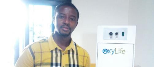 Elvadas Kengne, concepteur Camerounais de l'appareil respiratoire OxyLife (c) Elvadas Kegne
