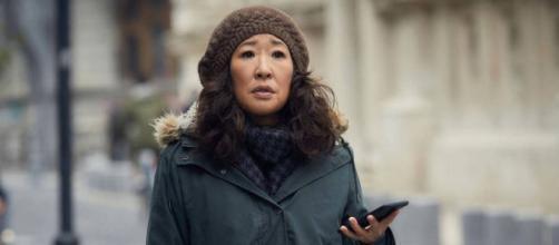 Eve é interpretada pela atriz Sandra Oh. (Reprodução/AMC/BBC)