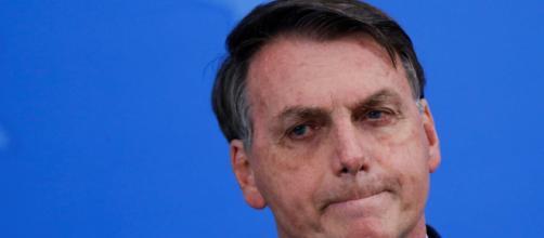 """Um dia após """"e daí?"""", Bolsonaro culpa governadores. (Arquivo Blasting News)"""