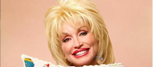 Dolly Parton gives one million to find coronavirus cure. Credit : Instagram/dollyparton