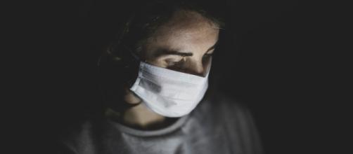 La tarea de asistir a un enfermo de coronavirus en casa es compleja. (Foto de Unsplash)