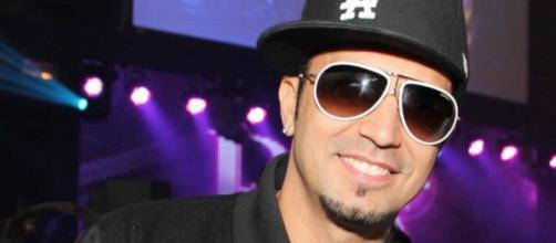 Latino adotou um rapaz de 21 anos recentemente. (Arquivo Blasting News)
