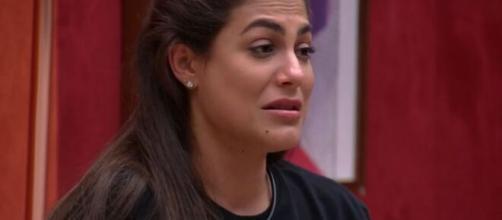 Mari reclama com Flay sobre dinâmica do jogo. (Reprodução/TV Globo)