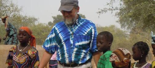 Rapito sacerdote italiano in Niger - Cultura a Colori - culturaacolori.it