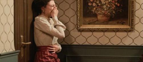 Una Vita, trame Spagna: Lucia apprende di avere una malattia mortale.