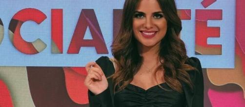 Alexia Rivas, en el plató de 'Socialité'. / Mediaset