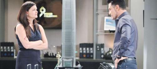 Beautiful, trama 1 maggio: Bill chiede a Katie di sposarlo, lei rifiuta.