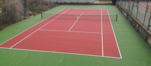 Campi da tennis vuoti sono una costante di questi ultimi mesi.
