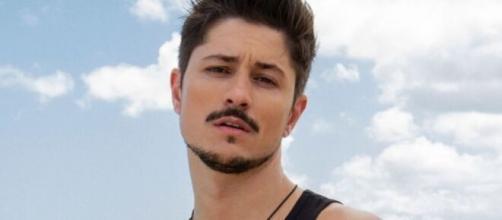 Rafa Vieira, do De Férias com o Ex, afirma que sofreu ataques homofóbicos. (Divulgação/MTV)