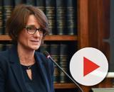 La ministra Elena Bonetti ha annunciato di voler erogare un bonus che va da 80 a 170 euro per famiglie con figli fino a 14 anni.