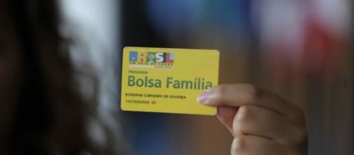 Auxílio emergencial será de R$ 600 até R$ 1.200 por família. (Arquivo Blasting News)