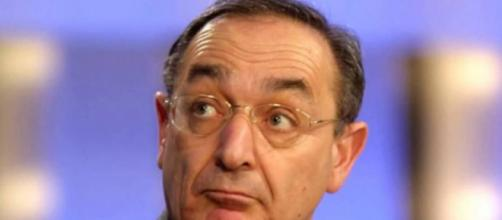 Carlo Taormina contrario allo scudo penale per il reato di epidemia colposa.