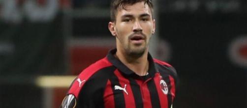 Alessio Romagnoli, difensore centrale del Milan.