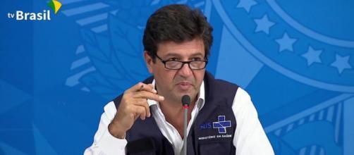 Covid-19: Ministro da Saúde diz que vírus não atingiu população mais carente. (Rrptofução/Tv Brasil)