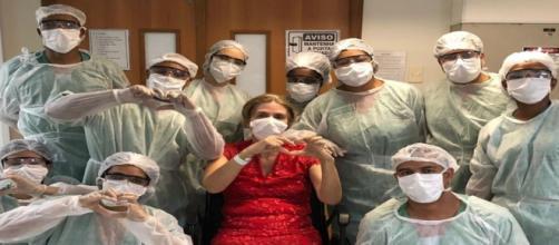 Covid-19: Mulher de 57 recebe alta após ficar internada por conta do vírus. (Arquivo Pessoal)