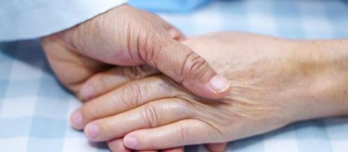Apretar la mano es un gesto muy simple pero lleno de amor y significado