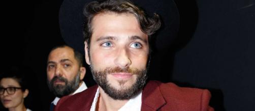 "Bruno Gagliasso comemora permanência de Thelma no programa: ""Que esculacho"". (Arquivo Blasting News)"