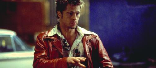 Brad Pitt interpreta Tyler em 'Clube da Luta'. (Reprodução/Fox)