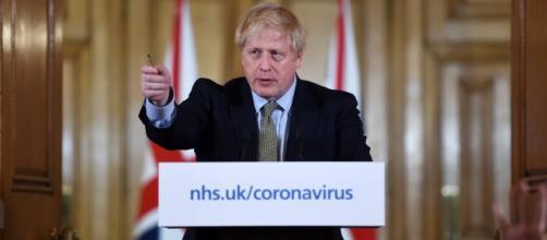 Coronavirus: peggiorano le condizioni del premier conservatore Boris Johnson.