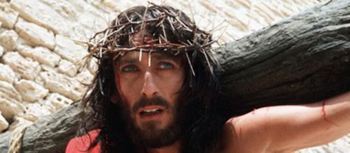 Gesù di Nazareth: il film sceneggiato di Franco Zeffirelli da giovedì 9 aprile su TV2000 e in streaming online su Raiplay