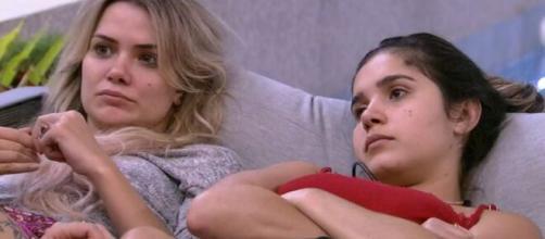 Marcela e Gizelly reclamam de Babu. (Reprodução/TV Globo)