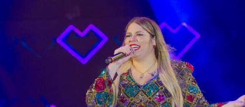 Marília Mendonça e outros cantores que farão live show no Youtube. (Arquivo Blasting News).
