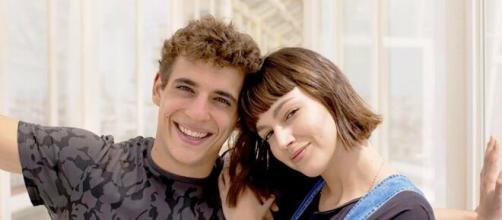 Miguel Herran e Ursula Corbero, protagonisti de 'La casa di carta'.
