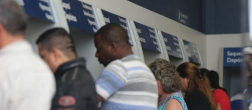 Trabalhadores informais recebem R$ 600,00 do Governo. (Arquivo Blasting News)