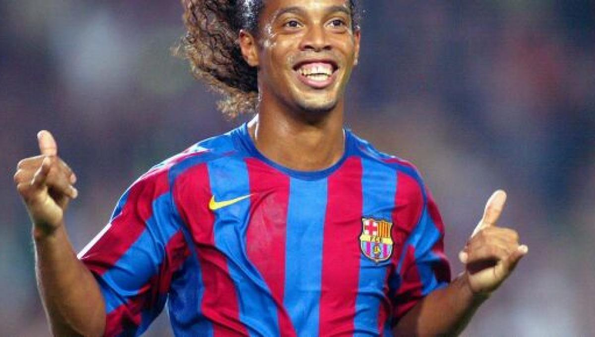 Ronaldinho Gaúcho deixa prisão no Paraguai após pagar fiança ...