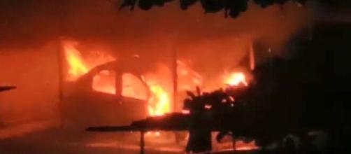 Graças aos bombeiros as chamas foram apagadas. (Reprodução/EPTV)