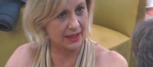 Grande Fratello Vip 4, la Elia ad Aristide: 'Tu stavi dietro Valeria Marini come un cane'.