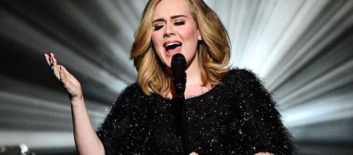 La cantante británica Adele ha logrado divorciarse