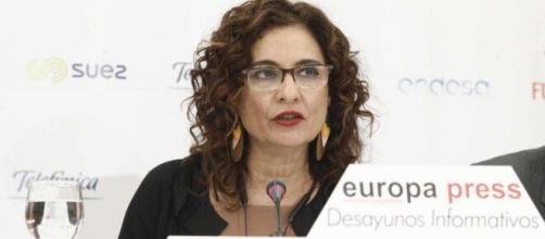 La ministra de Hacienda María Jesús Montero habló de la salida gradual de la cuarentena a partir del 26 de abril. (Foto El Independiente)