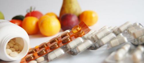 Los suplementos dietarios de venta libre pueden tener efectos colaterales y no se revelan efectivos contra el coronavirus. (Foto de Piqsels)