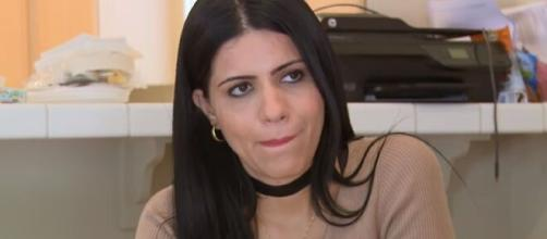 On '90 Day Fiancé,' Larissa Dos Santos is facing backlash for wearing a tight corset. [Image Source: TLC/YouTube]