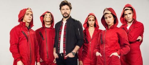 Personagens da série espanhola da Netflix que fazem sucesso. (Reprodução/Netflix)