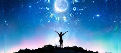 Previsioni oroscopo per la giornata di venerdì 10 aprile 2020