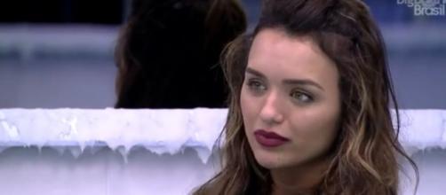 Rafa conversa com Manu e Thelma sobre motivos para cancelamento no 'BBB20'. (Reprodução/TV Globo)