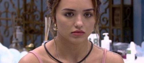 Rafa Kalimann não entendeu o motivo de poder ter sido 'cancelada' pela internet. (Reprodução/ TV Globo).