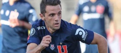 Suspeita de Covid-19: Ex-jogador do Cruzeiro perde pai e avô. (Arquivo Blasting News)