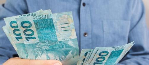 Coronavírus: Senado aprova auxílio de R$ 600 a trabalhadores. (Arquivo Blasting News)