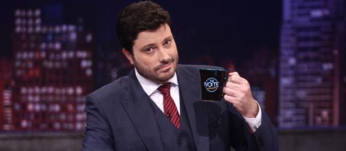 Danilo Gentili é condenado após piada com doadora de leite. (Arquivo Blasting News)