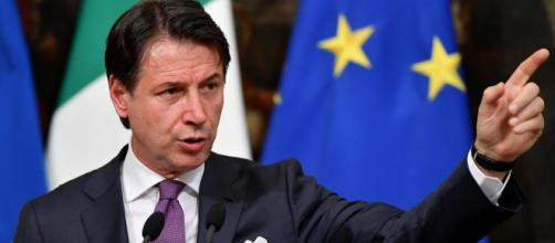 Italy's prime minister Giuseppe Conte announces his resignation as ... - telegraph.co.uk