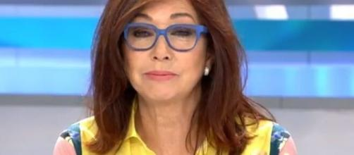 La presentadora se vio obligada a dar explicaciones, sobre una información sanitaria del Gobierno de Pedro Sánchez.