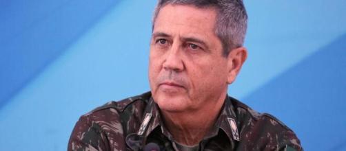 Novo ministro da casa Civil, Braga Netto que conseguiu convencer Bolsonaro a não demitir Mandetta. (Arquivo Blasting News)
