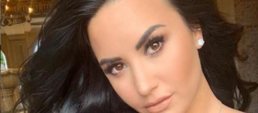 A Bela e popular cantora e atriz, é engajada socialmente. (Reprodução/Instagram/@demilovatto)