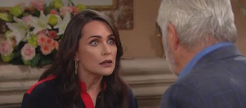 'Bold and Beautiful' stars Rena Sofer and John McCook. [Image Source: CBS/YouTube]