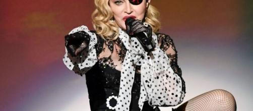 La 61enne pop star Madonna durante il tour Madame X
